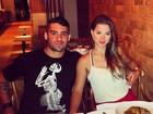 Ex-BBB Yuri comemora onze meses de namoro com Angela Sousa