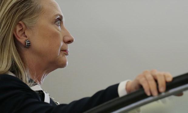A secretária de Estado dos EUA, Hillary Clinton, neste domingo (9) em Vladivoskot, na Rússia (Foto: AFP)