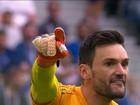 Jogo que fez do goleiro da França um herói castigou goleiro uruguaio