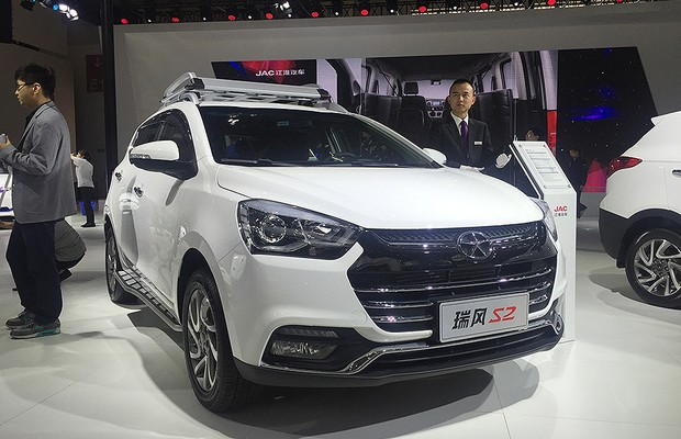 JAC T3 no Salão de Pequim 2016 (Foto: Michelle Ferreira/Autoesporte)