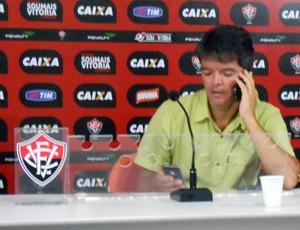 Felipe Ximenes; Vitória (Foto: Eric Luis Carvalho)