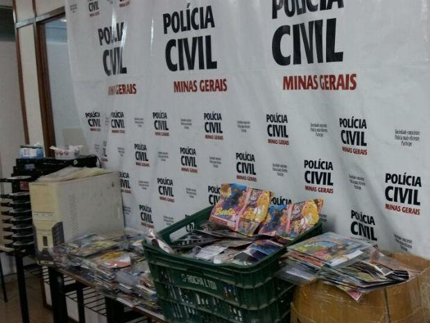 Mídias apreendidas em Juiz de Fora (Foto: Polícia Civil/Divulgação)