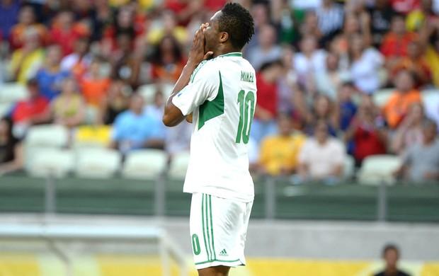 Mikel, Nigéria e Espanha (Foto: Andre Durão)