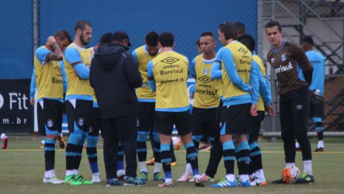 Grêmio, Roger Machado, conversa, grupo, jogadores (Foto: Eduardo Moura / GloboEsporte.com)