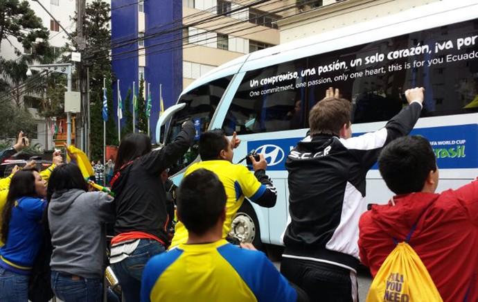 chegada do Equador (Foto: Felipe Schimdt)