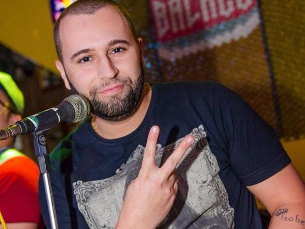 Músico foi morto após show em bar de Santos, SP (Foto: Reprodução/Facebook)