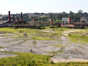 Terreno onde será construída a segunda delegacia seccional, em Campinas (Foto: Erick Julio / G1 Campinas)
