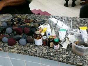 Polícia desarticulou um rinha de galo que funcionava em uma casa no Bairro Nova Cidade (Foto: Ney Oliveira/Arquivo pessoal)