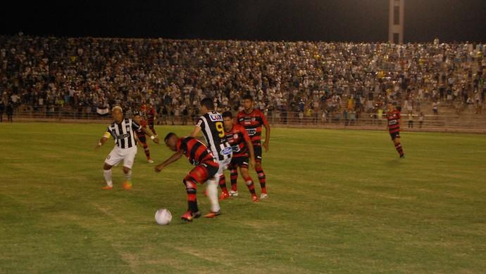 Treze x Campinense, Amigão (Foto: Silas Batista / GloboEsporte.com)