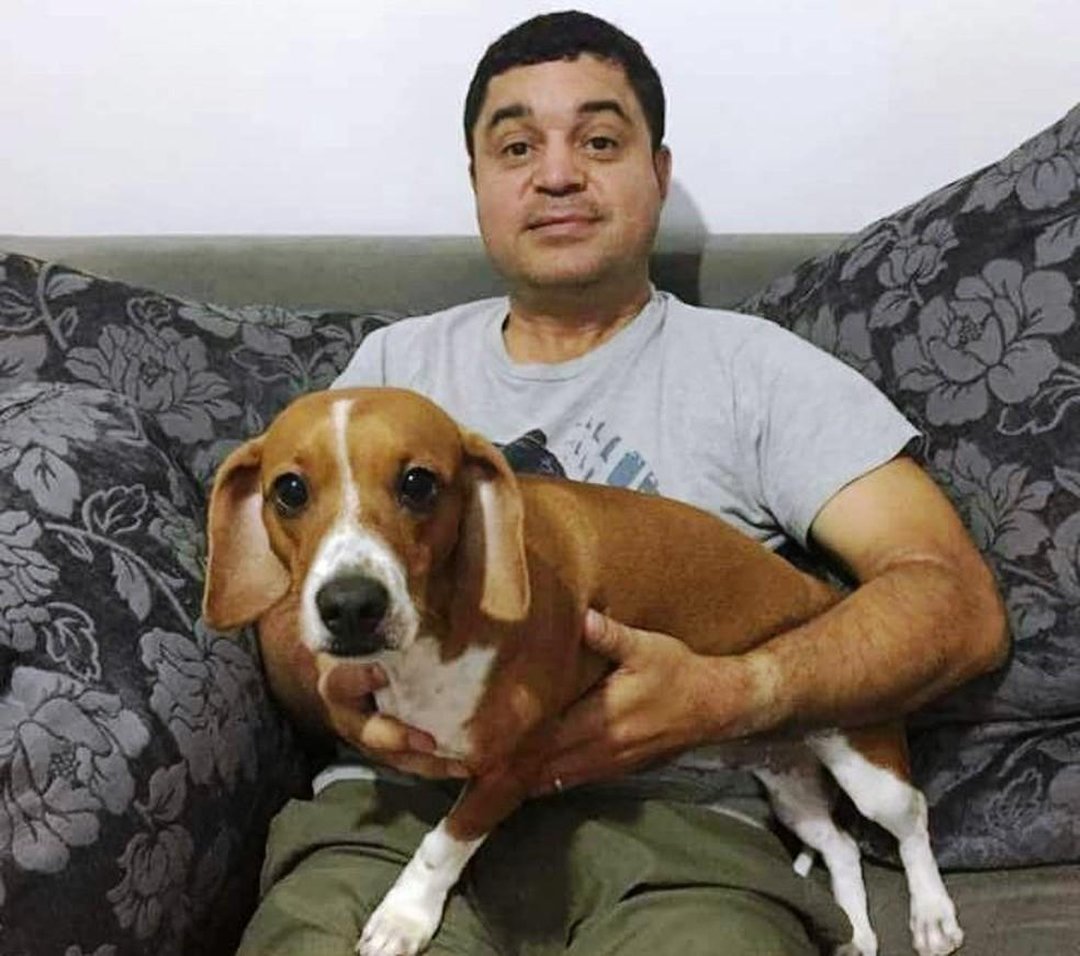 Agente da Fundação Casa, Waldeck dos Santos Falcão,  tinha 44 anos e foi morto a tiros em Santos (SP) (Foto: Arquivo Pessoal)