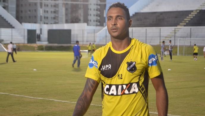 Fabinho Alves - atacante do ABC (Foto: Jocaff Souza/GloboEsporte.com)