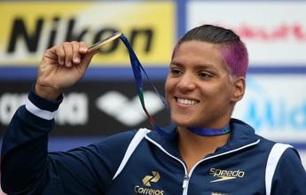 """Ana Marcela promete nova surpresa no cabelo no Rio: """"Não sei se será boa"""""""