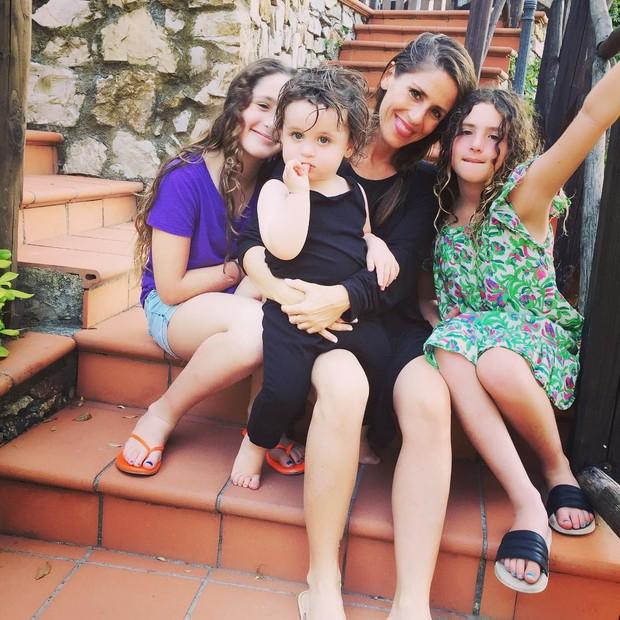 Soleil Moon Frye (Punky) e as filhas (Foto: Reprodução/ Instagram)