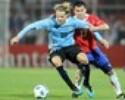 Clássico Argentina x Uruguai terá casa cheia. Zagueiro elogia Forlán