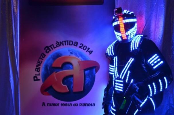 Robô Planetário circulou pelo Planeta Atlântida (Foto: Renata Fretzner Dias/RBS TV)