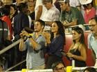 José Loreto e Débora Nascimento assistem a torneio de tênis no Rio