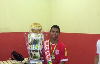 Carlinhos é eleito o craque do Campeonato Sergipano de 2013