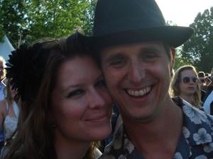 O holandês Cor aparece ao lado da namorada que viajou com ele (Foto: Reprodução/Facebook/Neeltje Tol)