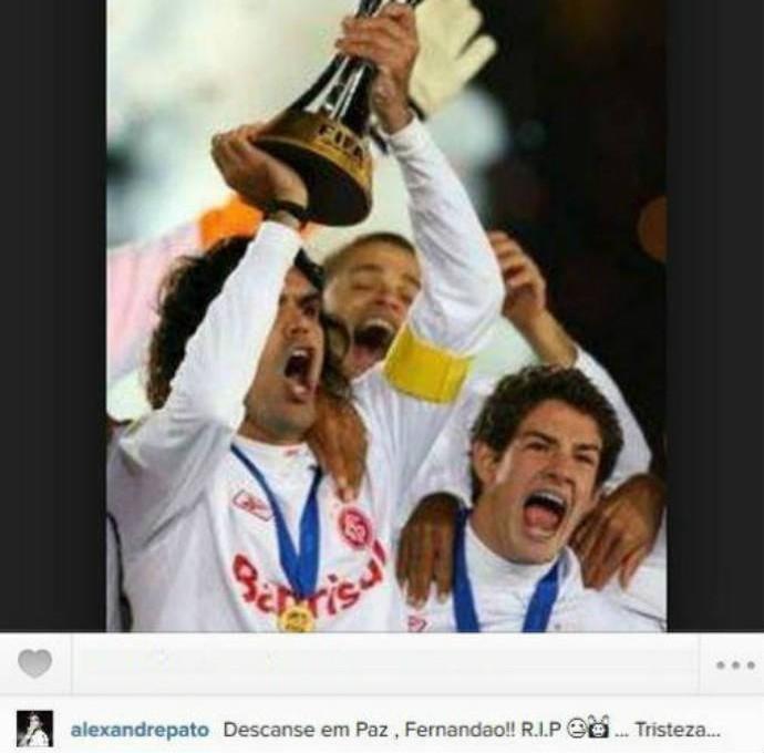 Pato publica foto de Fernandão levantando taça do Mundial de Clubes (Foto: Reprodução)