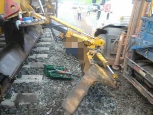 Mecânico morreu acidente enquanto fazia a manutenção de equipamento usado na obra de linha férrea (Foto: Mendonça / Divulgação)
