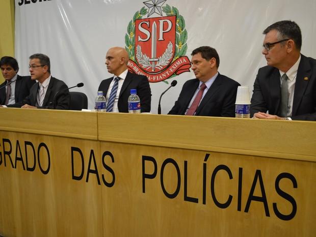 Coletiva de imprensa da Secretaria de Segurança Pública sobre fraude em contratos da merenda escolar (Foto: Eduardo Cardoso/SSP)