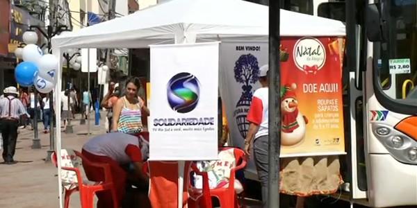 Mais uma edição da Campanha 'Natal da Alegria' foi realizada em Resende (Foto: Reprodução RJTV 1ª Edição)