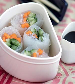 Rolinhos vietnamitas de legumes (Foto: Rogério Voltan/Editora Globo)