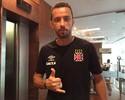 Jogadores do Vasco comemoram o retorno de Nenê contra o Londrina