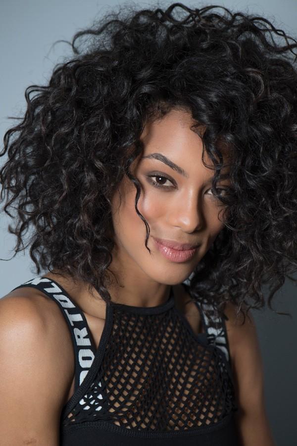 Depois de 30 anos, o Brasil voltou a ter uma miss negra: Raissa Santana (Foto: Divulgação Ellus)