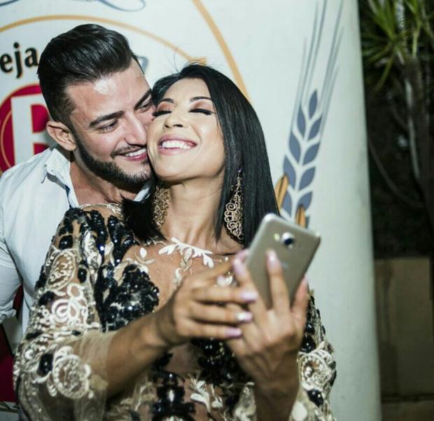 Priscila Pires e João Reis (Foto: Revellari Fotografia/Divulgação)
