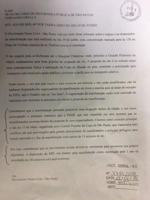 Ofício enviado pelo MPL  (Foto: Marcelo Mora/G1)