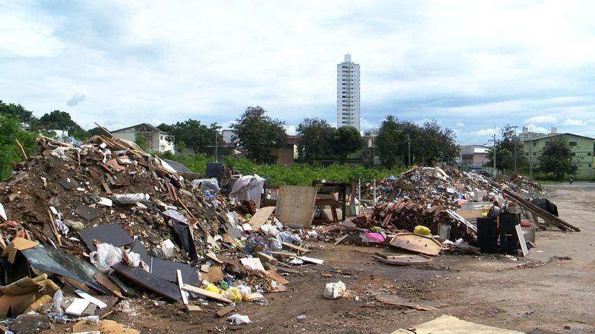 lixão em Santa Inês causa transtorno aos moradores (Foto: Divulgação/ TV Gazeta)