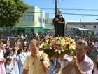 Fiéis fazem procissão no ES em homenagem a São José de Anchieta