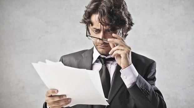 Minutos antes de se aposentar, funcionário manda e-mail honesto para todos da empresa