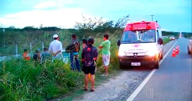 Acidente na BR-406 deixa 4 pessoas de uma mesma família feridas no RN (Foto: Reprodução/Inter TV Cabugi)
