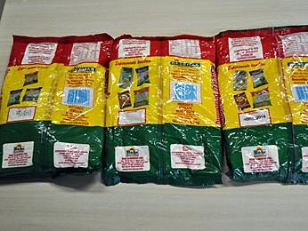 Em depósito de uma das empresas foram encontrados alimentos com datas de validade adulteradas (Foto: Divulgação/Polícia Federal)