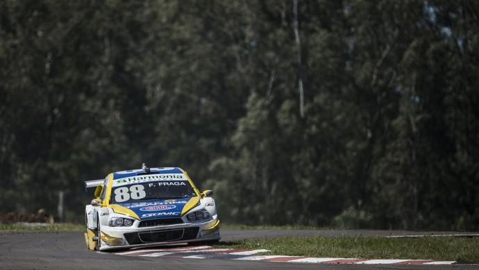 Felipe Fraga na etapa da Stock Car de abril em Santa Cruz do Sul (Foto: Bruno Terena/Divulgação)