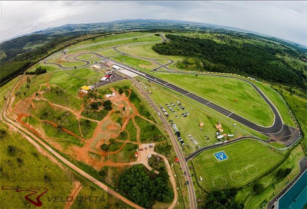 Vita aérea do autódromo e instalações. (Foto: Divulgação)
