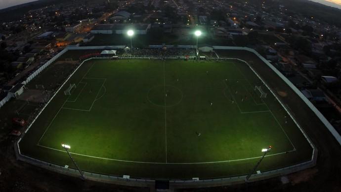 Estádio Nabor Júnior, o Naborzão, em Tarauacá (Foto: Pedro Devani/Secom)
