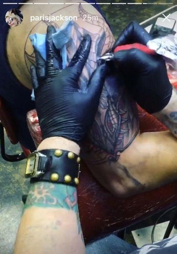 A tatuagem no braço de Prince Jackson (Foto: Instagram)