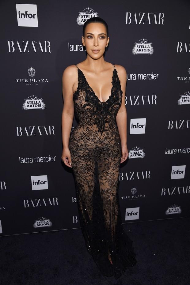 Kim Kardashian em festa em Nova York, nos Estados Unidos (Foto: Dimitrios Kambouris/ Getty Images/ AFP)
