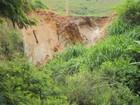 Chuva abre cratera em estrada de Cordeiro, RJ, e via é interditada