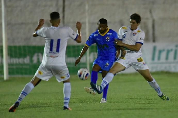 Paracatu x Real FC (Foto: Ricardo Botelho / Real FC)