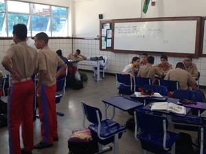 Colégio tem atualmente 716 estudantes, sendo 381 do ensino fundamental e 335 no ensino médio (Foto: Alex de Paula/G1)