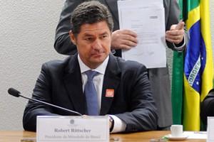 Robert Rittscher, presidente da Mitsubishi, presta depoimento a CPI no Senado (Foto: Pedro França/Agência Senado)