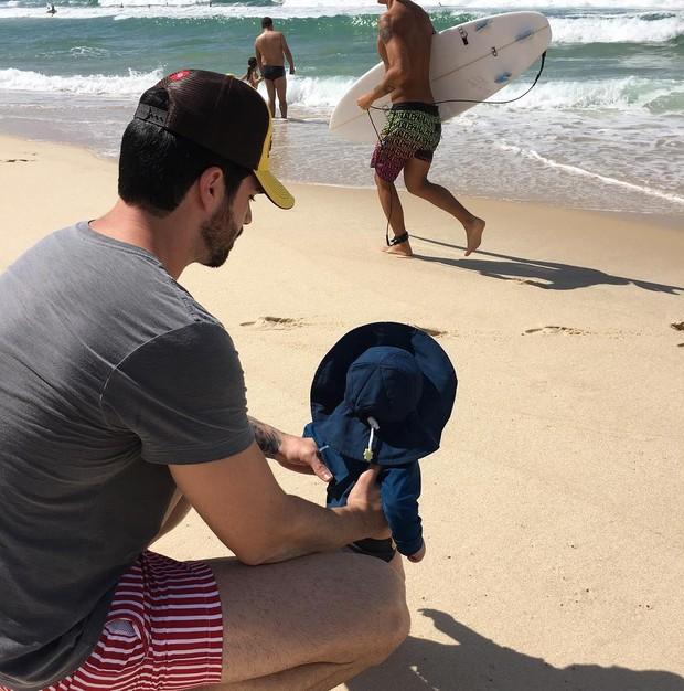 3af9b7071 EGO - Adriana Sant anna posta foto fofa de Rodrigão com o filho na ...