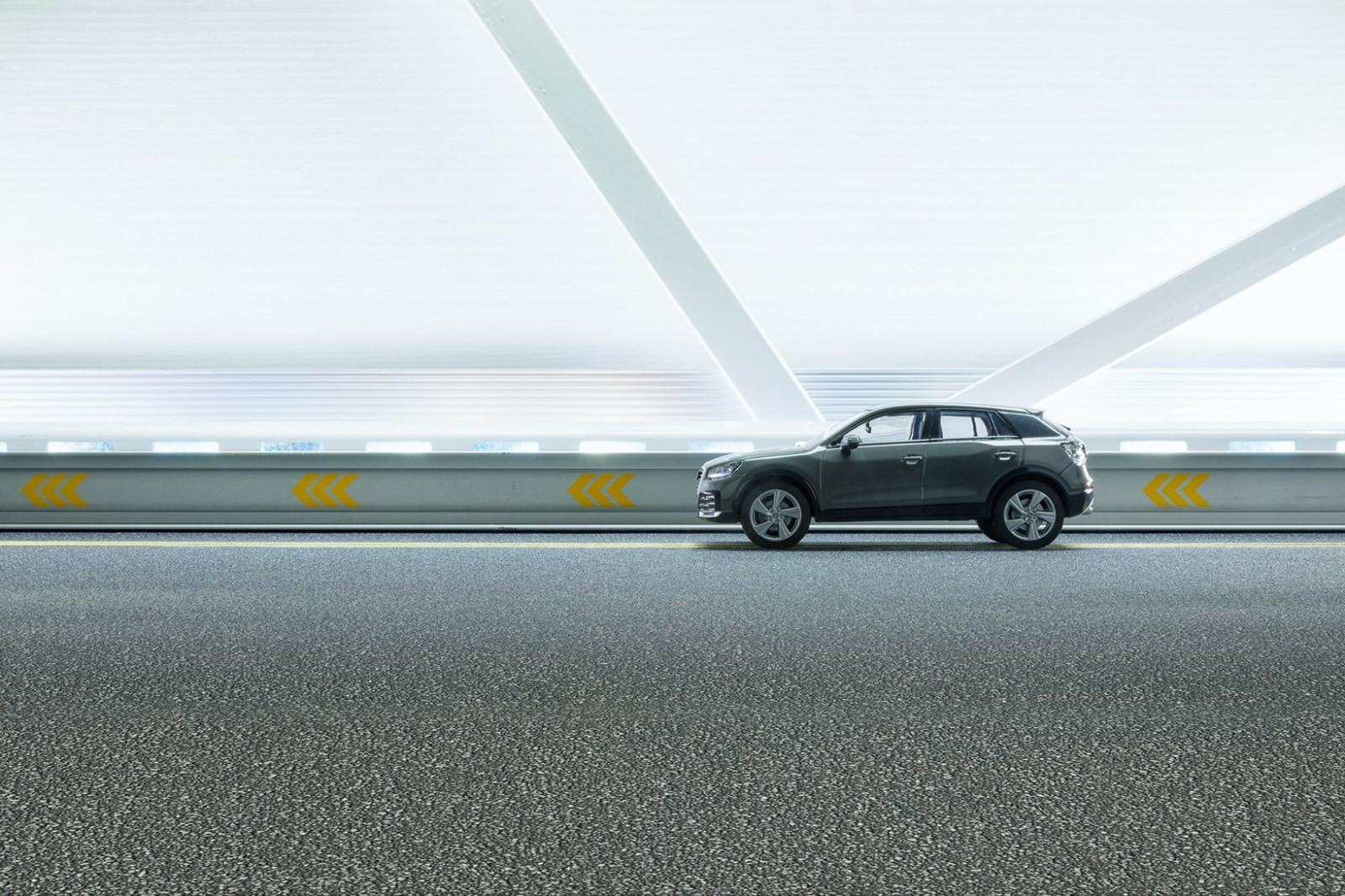 Campanha da Audi com carro em miniatura (Foto: Felix Hernandez/Divulgação)