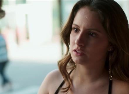 Teaser: Filipe se assusta com convite inusitado de Nanda