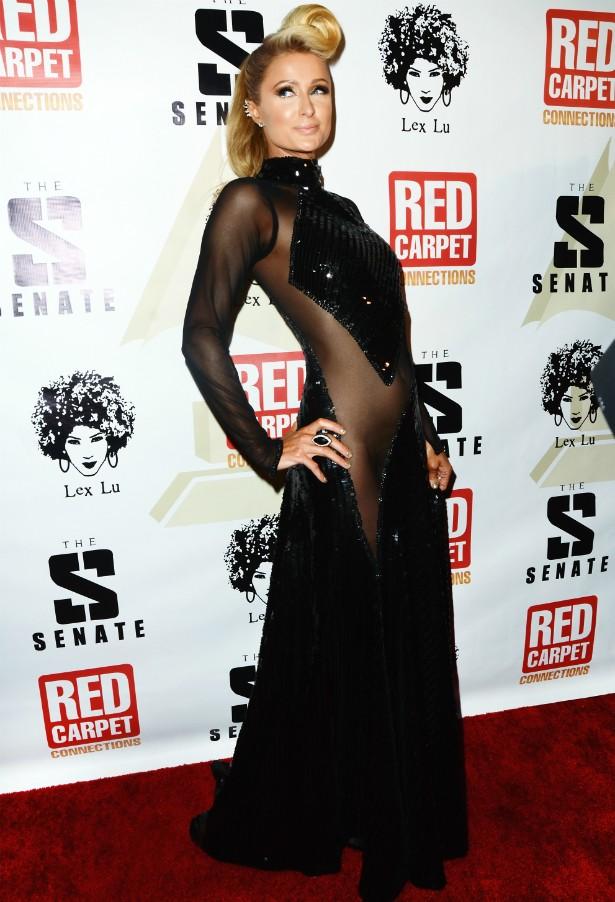 Paris Hilton numa festa pré-Grammy 2014. (Foto: Getty Images)