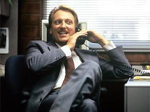 O ator Jeffrey Jones em cena no filme 'Curtindo a vida adoidado'